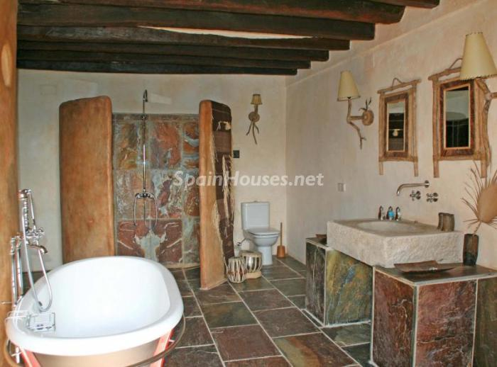 586529 45830 10 - 18th Century Country House in Sils, Girona