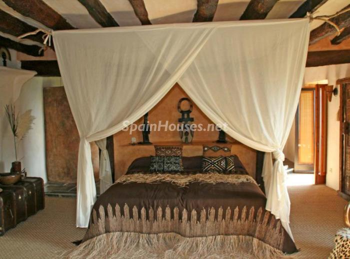 586529 45830 9 - 18th Century Country House in Sils, Girona