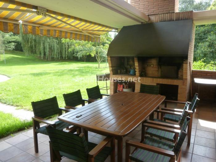 6 House for sale - Large Mountain House For Sale in Caldes de Montbui (Barcelona)