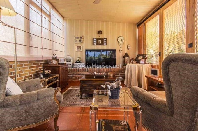 6. Apartment for sale in Madrid city - For Sale: Spacious 3 Bedroom Apartment in Madrid