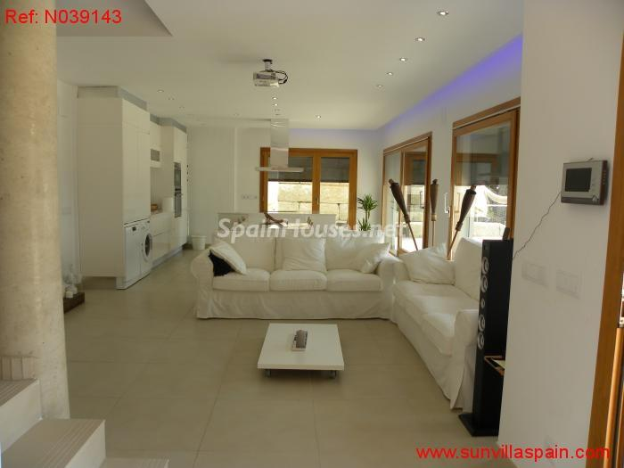 6. Detached house for sale in Sant Cebrià de Vallalta Barcelona - For Sale: Detached House in Sant Cebrià de Vallalta (Barcelona)