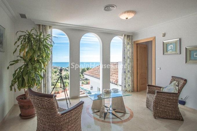 6. Detached villa for sale in Benalmádena Costa Málaga - Bright Detached Villa for Sale in Benalmádena Costa (Málaga)
