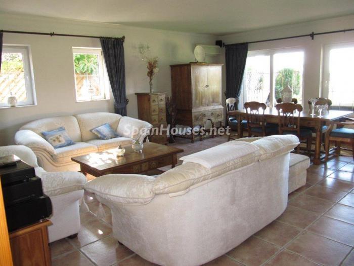 6. Detached villa for sale in Mijas Costa Málaga - Detached Villa for Sale in Mijas Costa (Málaga)