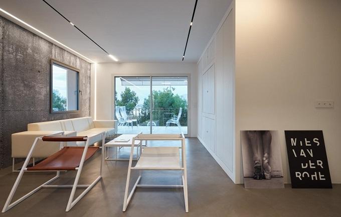 6. Home renovation in Alcúdia Mallorca 1 - Minimalist Style Apartment in Alcúdia, Mallorca, by Minimal Studio