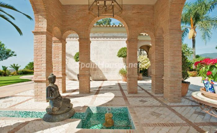 6. House for sale in Benahavís Málaga - For sale: Impressive villa in Benahavís (Málaga), don't miss the pictures!