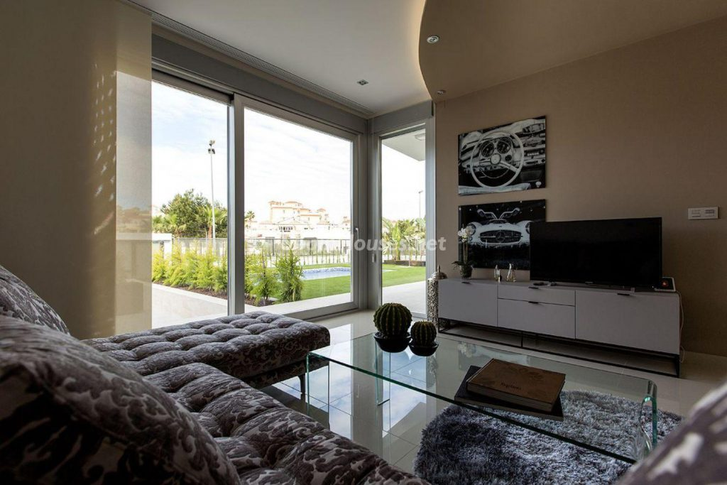 6. House for sale in Orihuela 1024x683 - Modern and stylish home for sale in Orihuela, Alicante