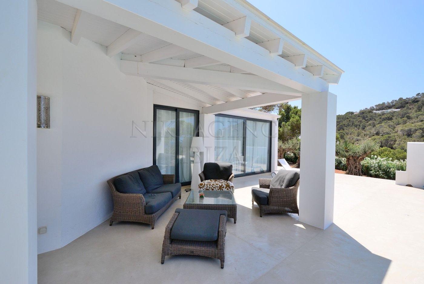 6. House for sale in Sant Josep de sa Talaia Ibiza - Fantastic 4 Bed Villa For Sale in Sant Josep de sa Talaia, Ibiza!