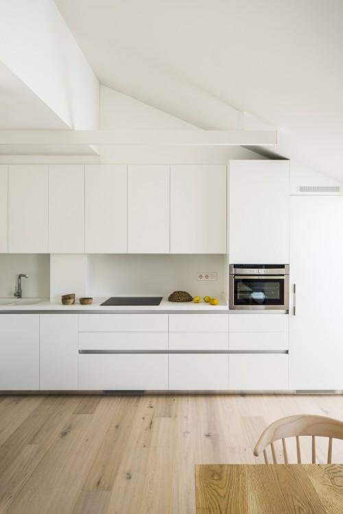 6. House in Barcelona by Susanna Cots e1448441093695 - Maison de Vacances, Barcelona, by Susanna Cots Interior Design