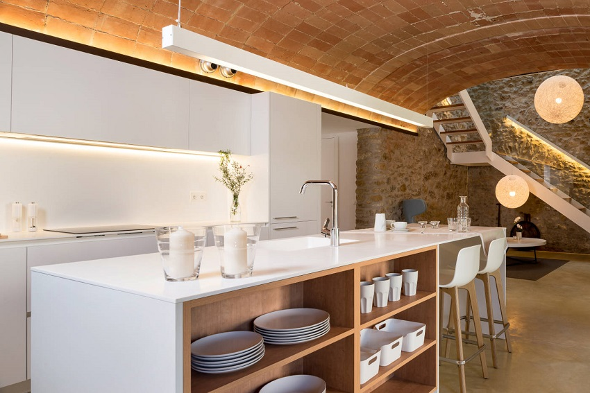 6. House restoration in Girona - Stunning country house renovation by architect Gloria Duran