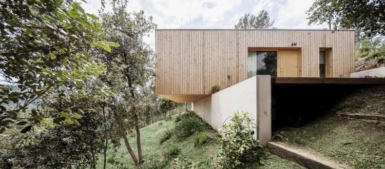 6. Modern residence Barcelona1 e1447837490141 - House LLP in Barcelona by Alventosa Morell Arquitectes