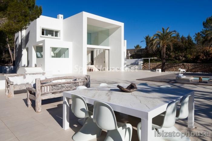 6. Villa for sale in Ibiza Balearic Islands - For Sale: Stunning Villa in Ibiza, Balearic Islands