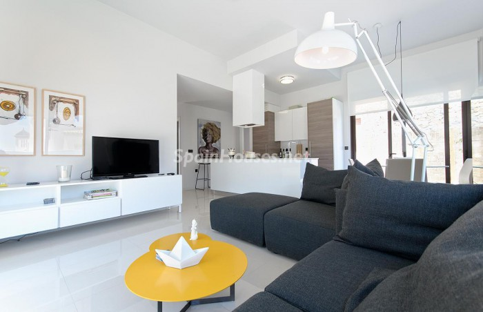 6. Villa for sale in Orihuela Costa (Alicante)