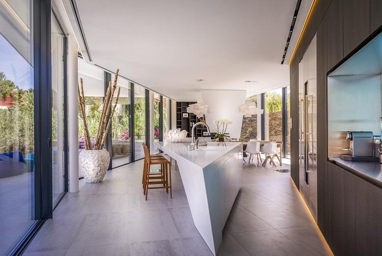6. Villa in Marbella by 123DV