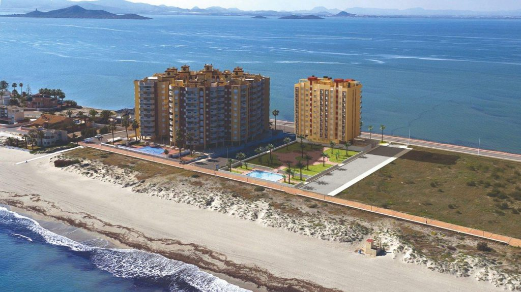 66754663 2662229 foto 232359 1024x575 - First line beach apartment for sale in La Manga del Mar Menor (Murcia)