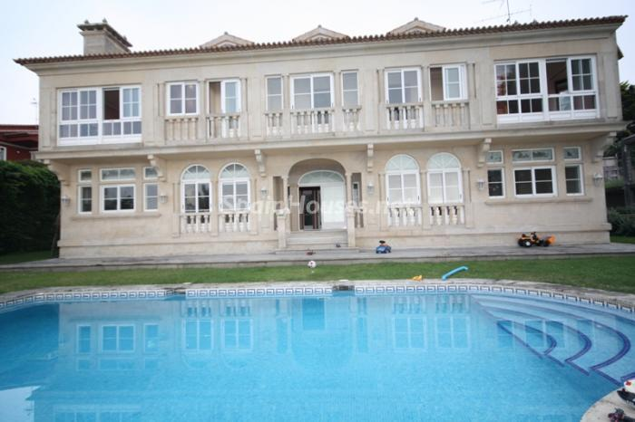 6688976 1182545 foto24693588 - Majestic Detached Villa for Sale in Oia / Pontevedra, Galicia
