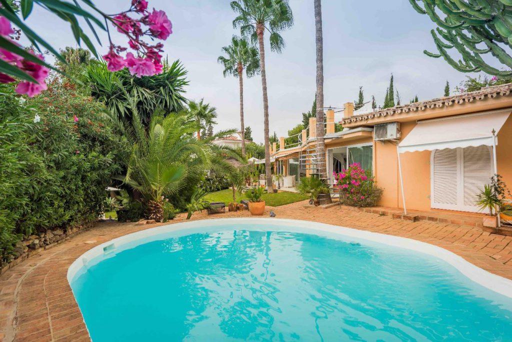 67503655 2066895 foto 019920 1024x684 - Moroccan style villa in Marbella, Málaga