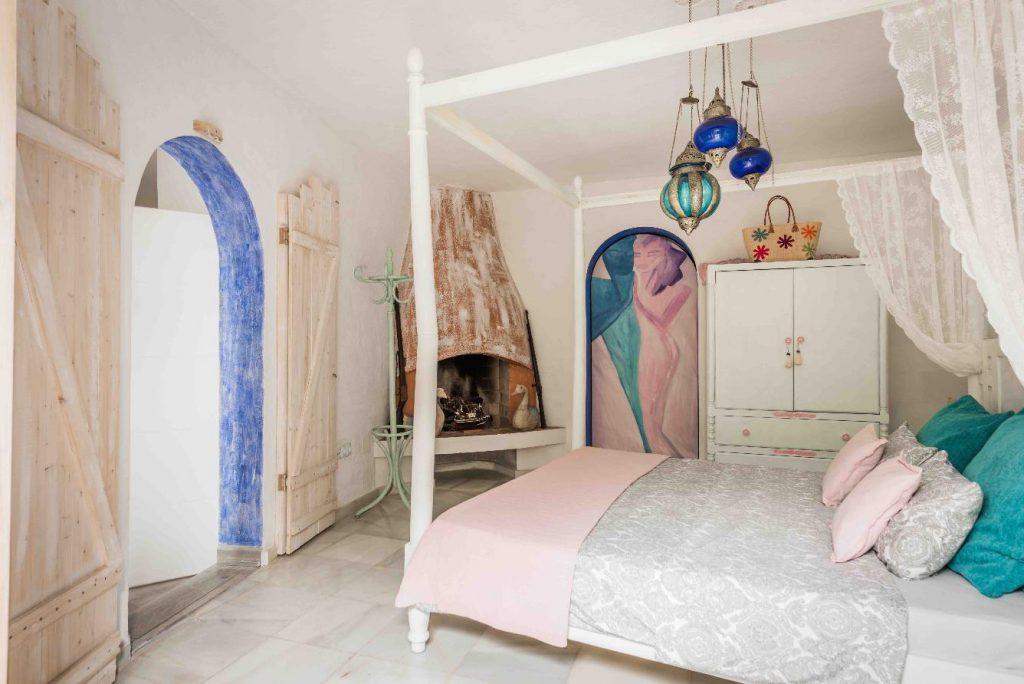 67503655 2066895 foto 347280 1024x684 - Moroccan style villa in Marbella, Málaga