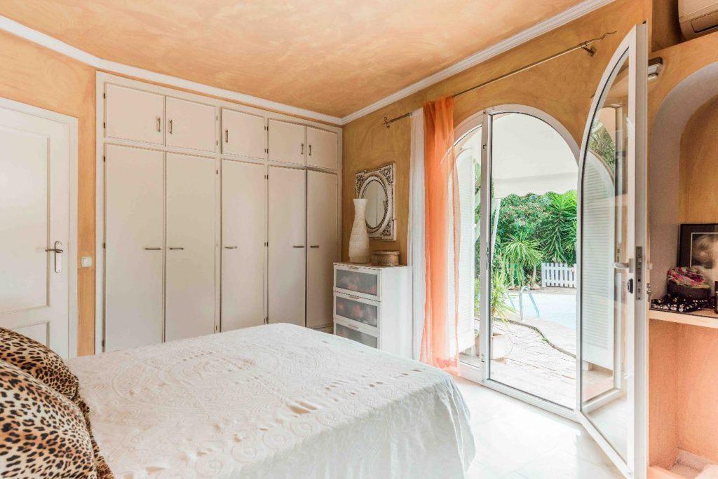 67503655 2066895 foto 893785 1024x684 - Moroccan style villa in Marbella, Málaga