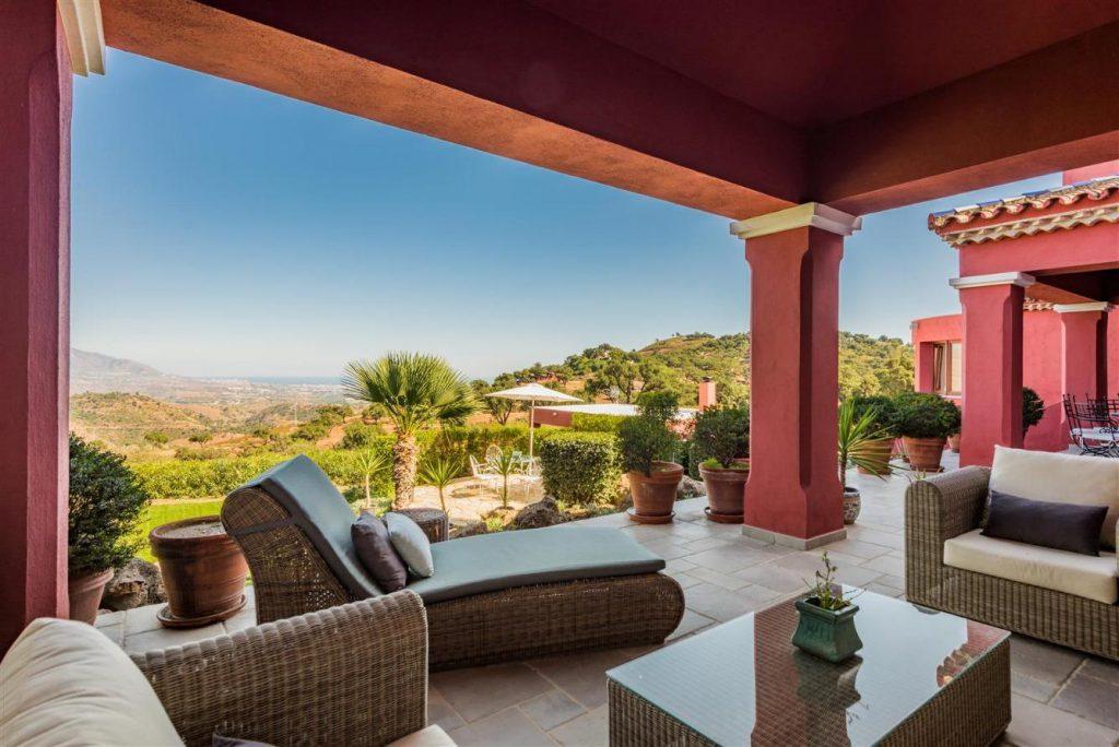 67503655 2093442 foto 014101 1024x684 - Fantastic European architecture house in the mountains of Málaga