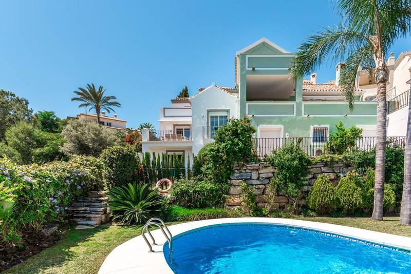 68785736 2477690 foto 961207 - Summer houses with pool in the Costa del Sol