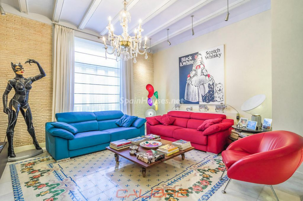 69402407 2261020 foto70856303 1024x682 - If you are a lover of the Pop Art style, your perfect apartment is in Valencia