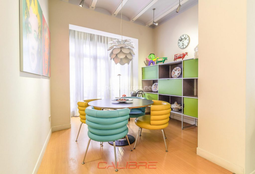 69402407 2261020 foto70856304 1024x701 - If you are a lover of the Pop Art style, your perfect apartment is in Valencia