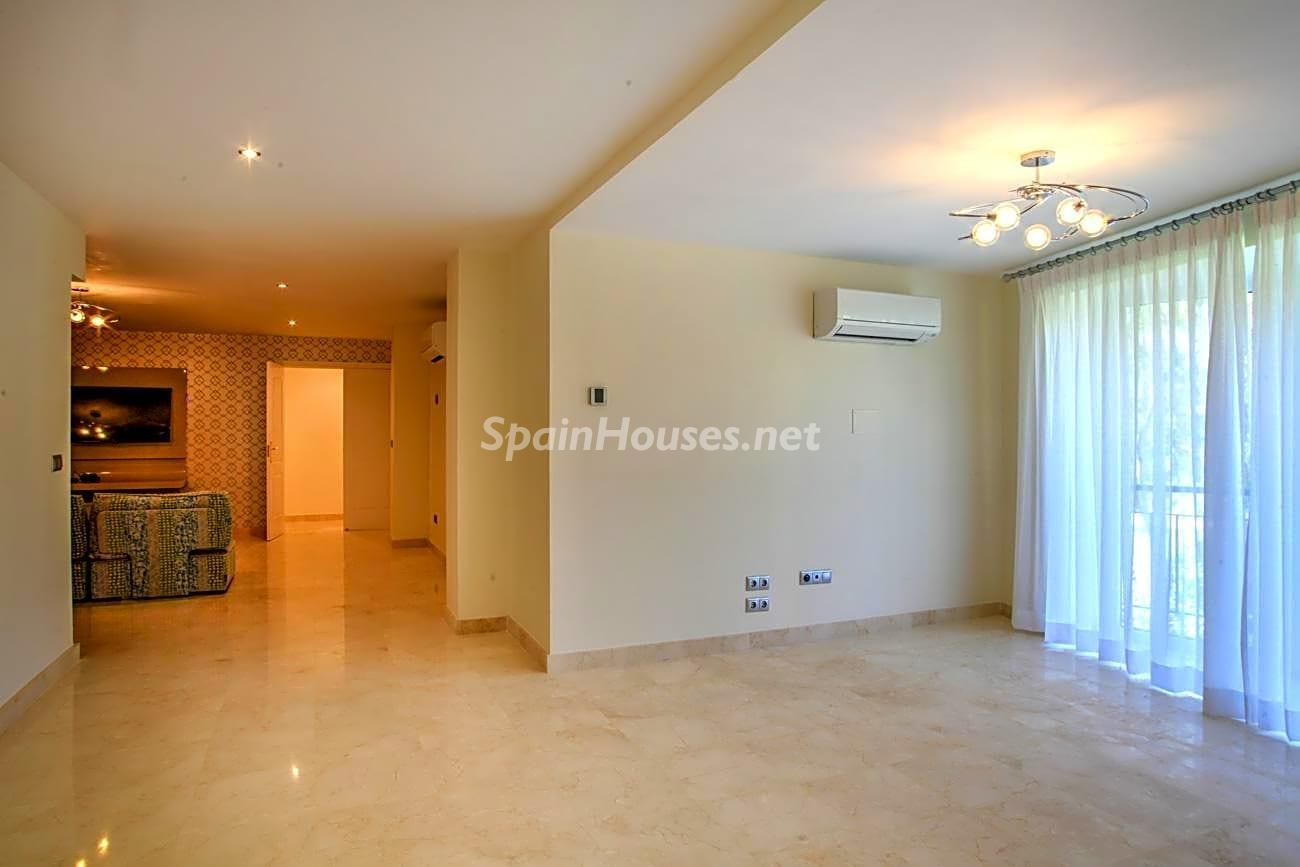69700916 3159947 foto 358880 - Roman design, elegance and luxury in this wonderful villa in Benahavís