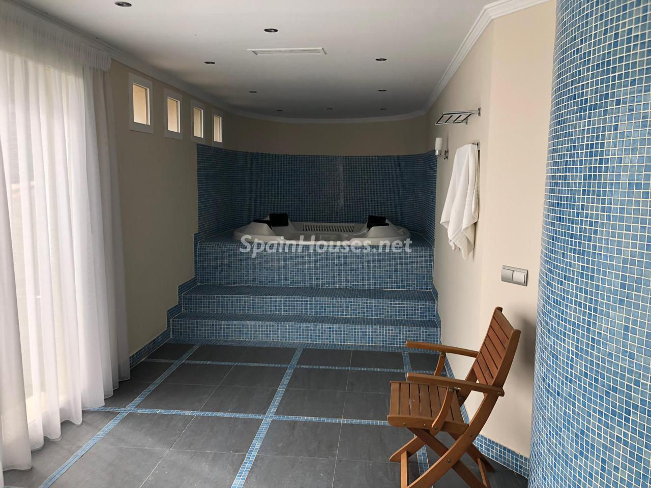 69700916 3159947 foto 775924 - Roman design, elegance and luxury in this wonderful villa in Benahavís