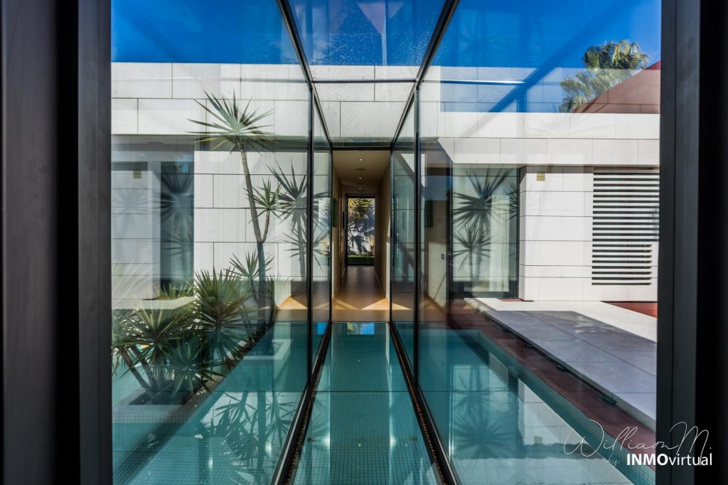 69739038 2311171 foto73949294 1024x682 - Luxury resort design in this majestic and modern detached villa in El Puntal (Murcia)