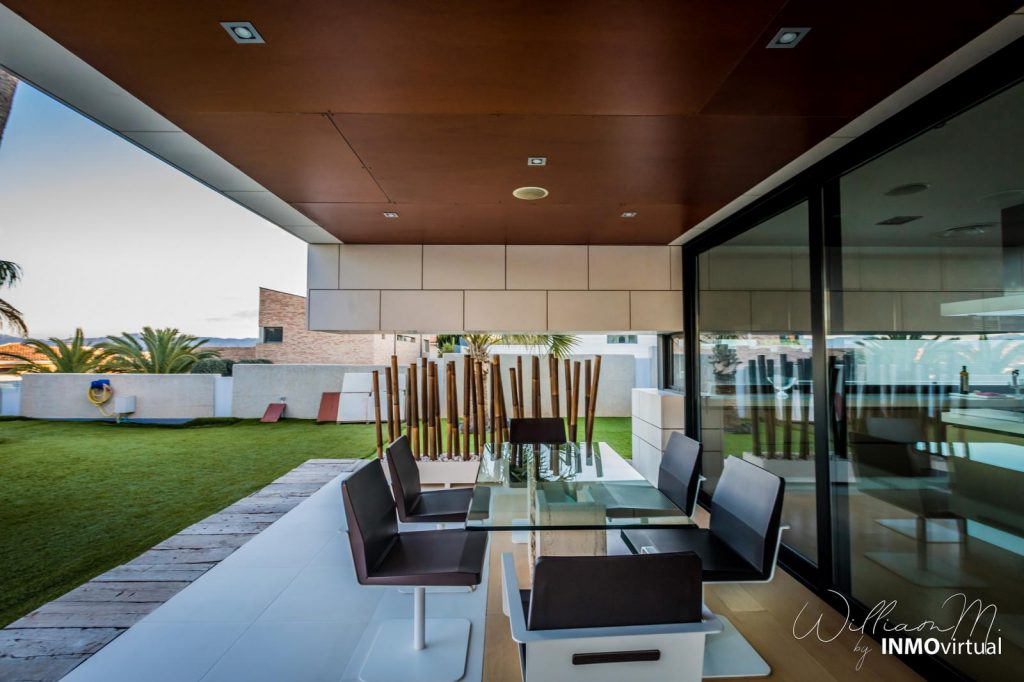 69739038 2311171 foto73949304 1024x682 - Luxury resort design in this majestic and modern detached villa in El Puntal (Murcia)