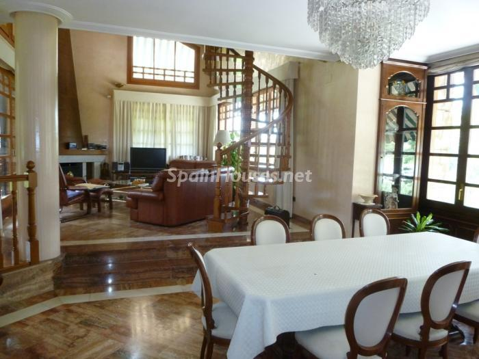 7 House for sale - Large Mountain House For Sale in Caldes de Montbui (Barcelona)