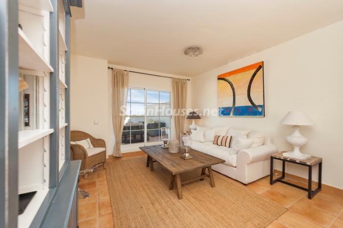 7. Apartment for sale in Alcaidesa - Spectacular Apartment for Sale in Alcaidesa,  Cádiz