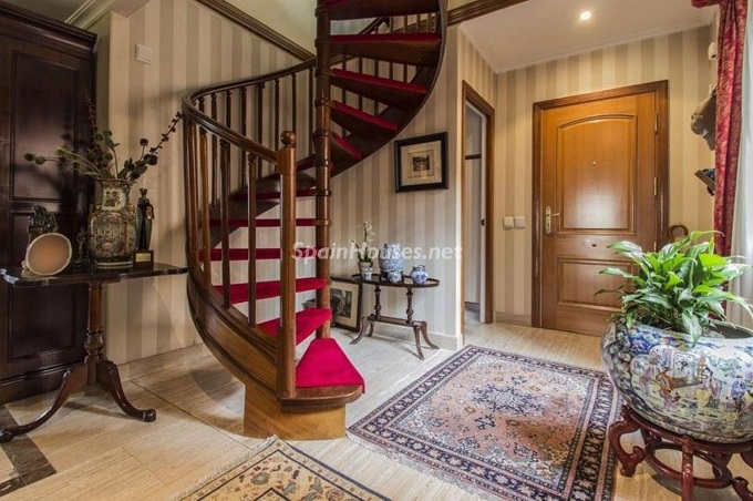 7. Apartment for sale in Madrid city - For Sale: Spacious 3 Bedroom Apartment in Madrid
