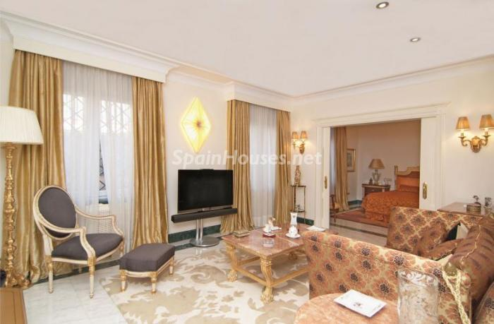 7. Apartment for sale in Salamanca - Luxurious Apartment for Sale in Madrid City