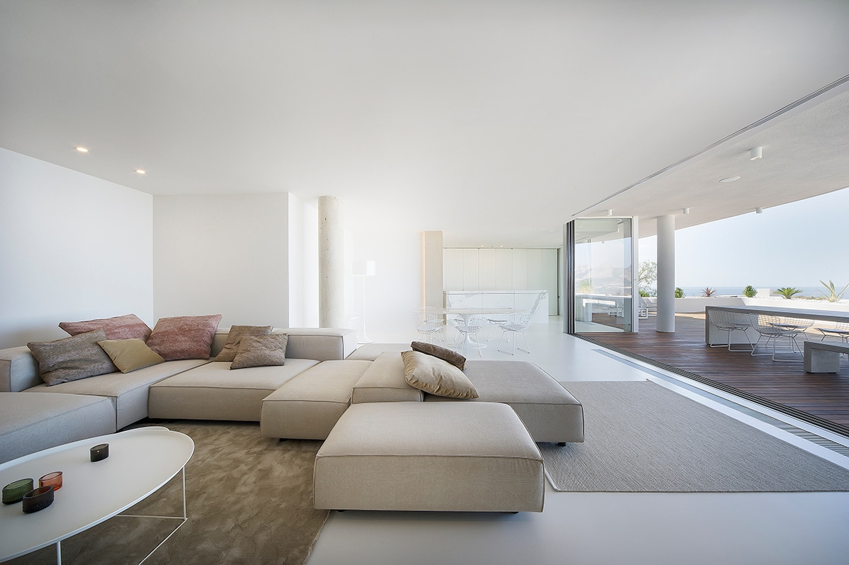 7. Apartment in Alicante by LOFT4C - Gorgeous Rooftop Apartment in Alicante by LOFT4C