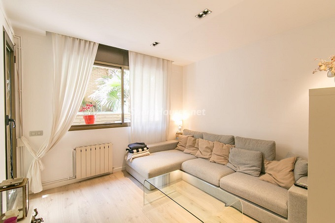 7. Flat for sale in Barcelona 1 - For Sale: 3 Bedroom Apartment in Barcelona City