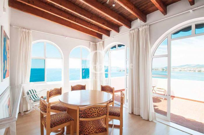 7. Holiday rental house