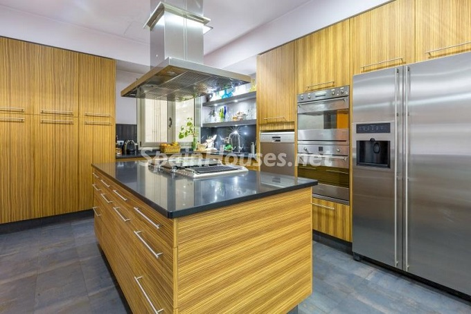 7. Home in Gràcia Barcelona - For Sale: Terraced house in the heart of Barcelona city