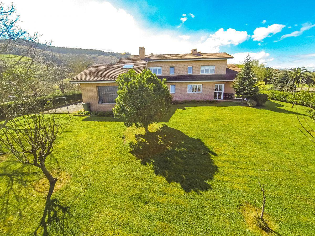 7. House for sale in Gijón - For Sale: 5 Bedroom House in Gijón (Asturias) with Outstanding Garden