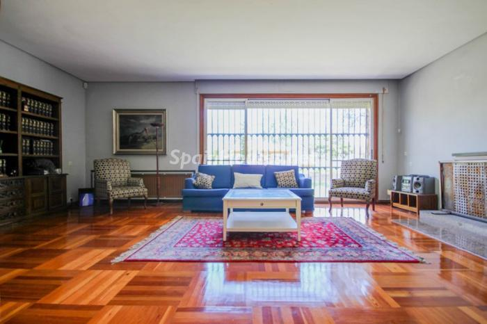 7. House for sale in Madrid3 - On the Market: Outstanding House in Madrid City