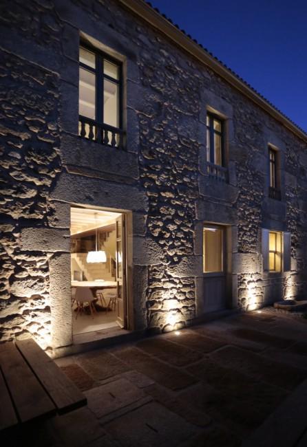7. House in Nautigos, A Coruña