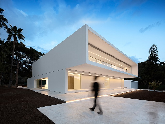 7. House in Paterna by Fran Silvestre Arquitectos - Ultramodern House in Paterna, Valencia, by Fran Silvestre Arquitectos
