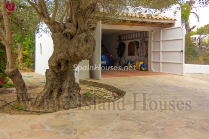 7. House in Sant Antoni de Portmany - Mediterranean Style House for Sale in Sant Antoni de Portmany, Ibiza