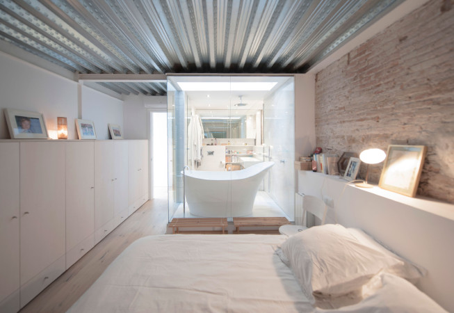 7. House renovation in Barcelona - Single House renovation in Barcelona by Lluís Corbella and Marc Mazeres