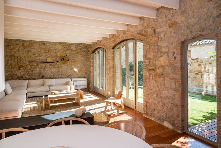 7. House restoration in Girona - Stunning country house renovation by architect Gloria Duran