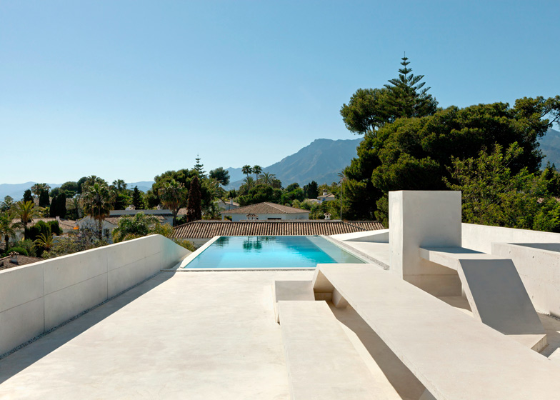 7. Jellyfish House - The Jellyfish House by Wiel Arets Architects in Marbella, Málaga