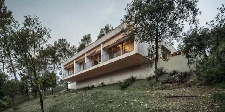 7. Modern residence Barcelona1 e1447837501926 - House LLP in Barcelona by Alventosa Morell Arquitectes