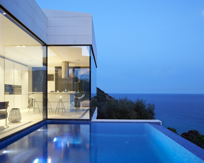 7. Seaside residence in Girona