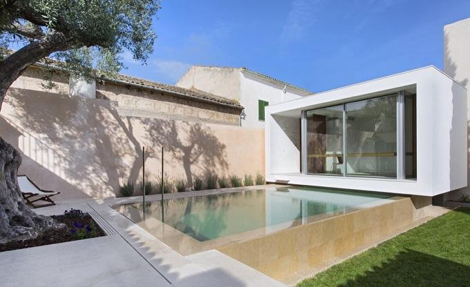 7. Swimming Pool and Studio Joan Miquel Segui & Tono Vila