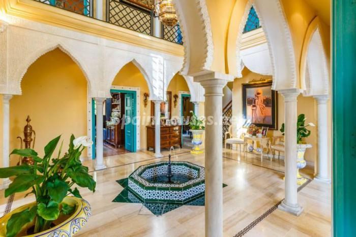 7. Villa for sale in Castilleja de la Cuesta (Seville)
